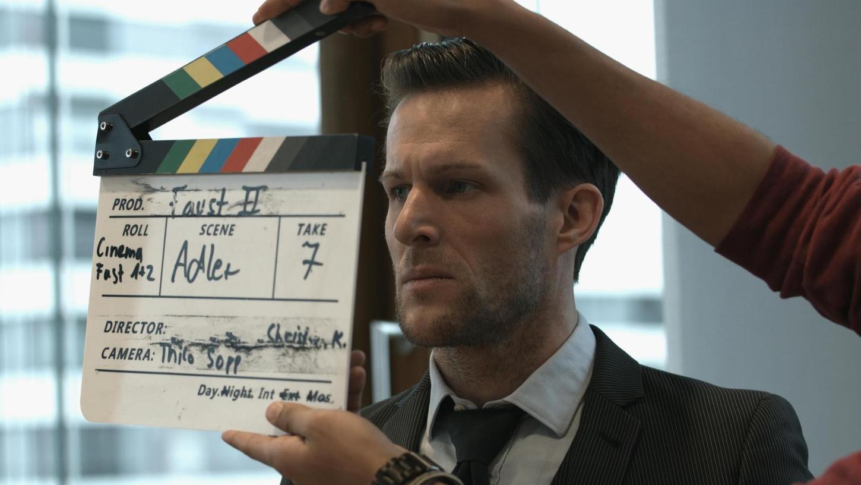 """Ein Geheimteam innerhalb des deutschen Geheimdiensts steht bei Filmfieber im Fokus: Szene von den """"Faust""""-Dreharbeiten."""