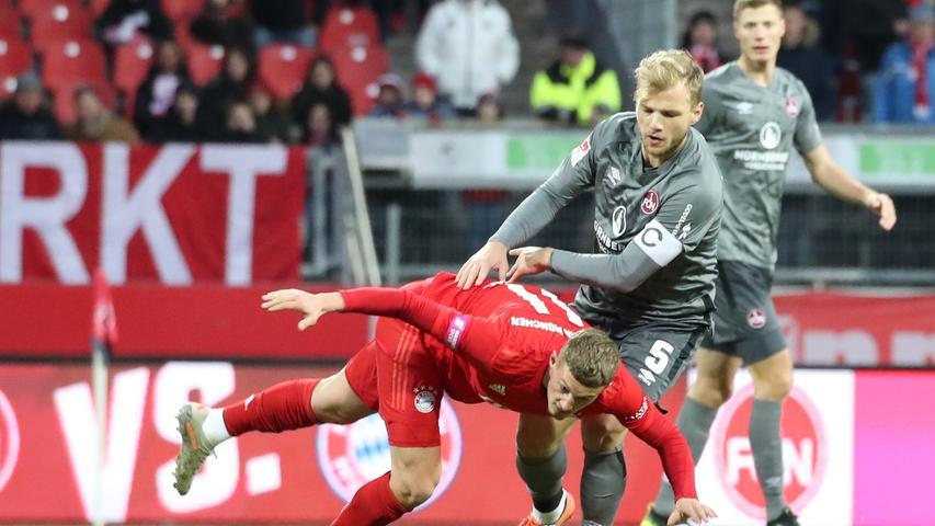 11.01.2020 --- Fussball --- Saison 2019 2020 --- Testspiel / Freundschaftsspiel: 1. FC Nürnberg FCN ( Club ) - FC Bayern München FCB --- Foto: Sport-/Pressefoto Wolfgang Zink / DaMa --- ....Michael Cuisance (11, FC Bayern München FCB ) Johannes Geis (5, 1. FC Nürnberg / FCN )