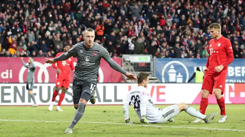 11.01.2020 --- Fussball --- Saison 2019 2020 --- Testspiel / Freundschaftsspiel: 1. FC Nürnberg FCN ( Club ) - FC Bayern München FCB --- Foto: Sport-/Pressefoto Wolfgang Zink / DaMa --- ....Jubel / Freude / Torjubel nach Tor zum 3:1 - Adam Zrelak (11, 1. FC Nürnberg / FCN ) jubelt freut sich - Torschütze: Adam Zrelak (11, 1. FC Nürnberg / FCN )