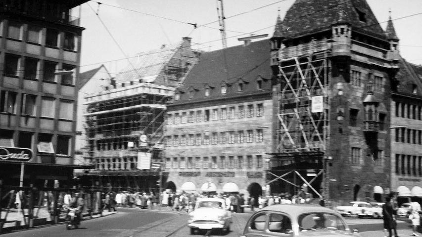 Der Nürnberger Architekt und Künstler Friedrich Neubauer fotografierte den Wiederaufbau der Stadt umfassend. Hier sieht man das legendäre
