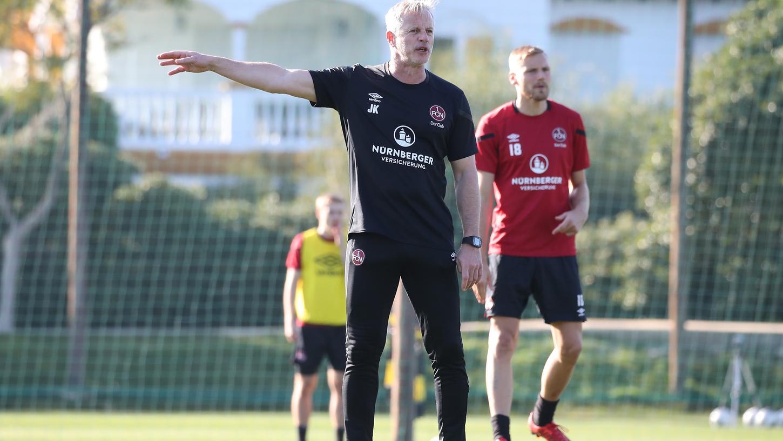 Das Trainingslager in Marbella stimmt Jens Keller zuversichtlich, er erwartet von seiner Mannschaft in Hamburg einen couragierten Auftritt.