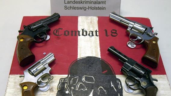 Festnahme! Seehofer verbietet rechtsextreme Gruppe