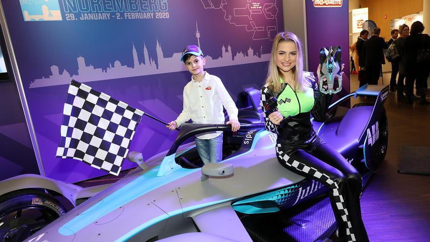Stars und Technik: Bilder von der Neuheitenschau der Spielwarenmesse