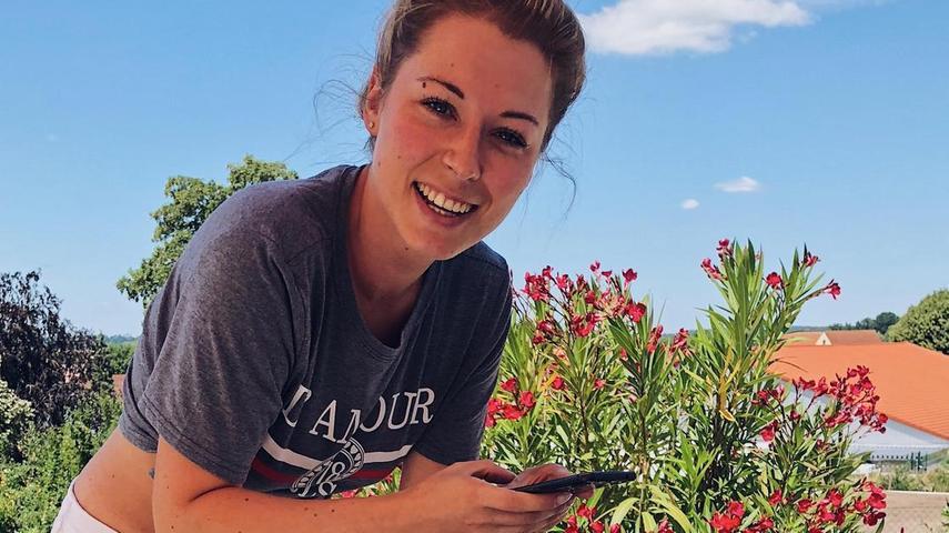 Ann-Christin Weber aus Ellingen hat vor zehn Jahren ihren BlogFashion Kitchen gestartet. Bei ihr gibt es Mode-, Reise- und Food-Content zu sehen.Auf Instagram folgen ihr ca. 63.000 NutzerInnen.