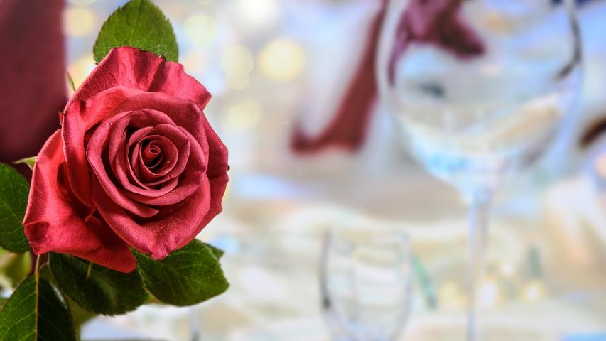Entspannen, essen, flirten: Hier sind unsere Valentinstags-Tipps!