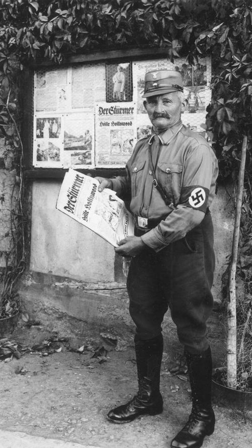 Die Präsentation der antisemitischen Hetzzeitschrift