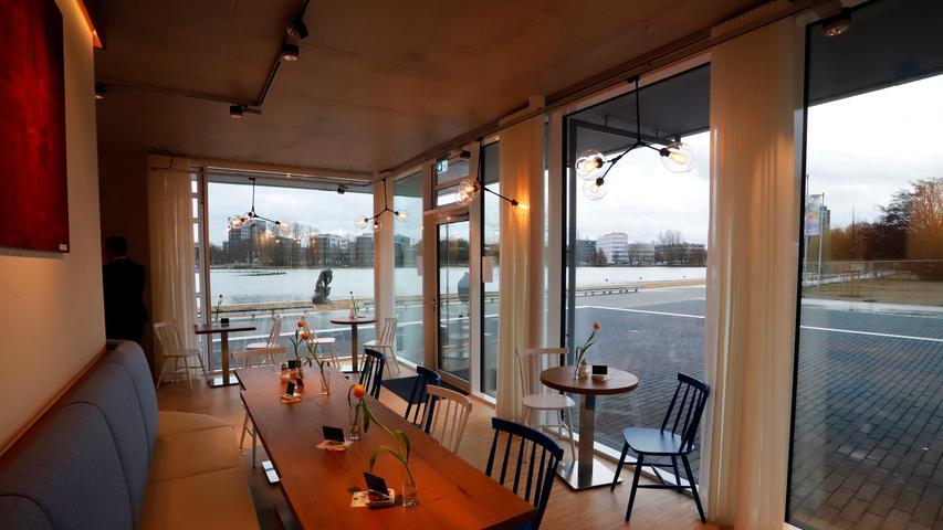 Endlich eröffnet: Der Wöhrder See hat ein neues Café
