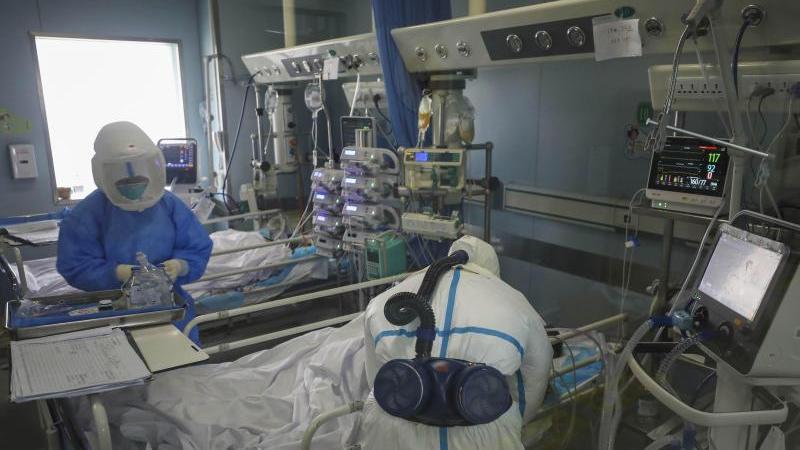Am 11. Januar 2020 wird in China der erste Todesfall aufgrund des neuartigen Virus registriert.