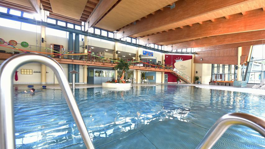 Schwimmen, rutschen, springen: Das ist das Königsbad Forchheim