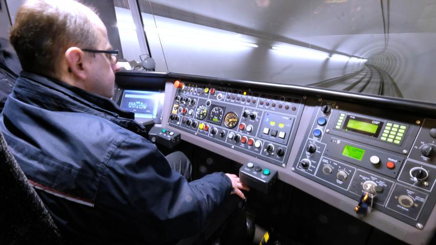 Test im Tunnel: Probefahrten auf der neuen U3-Strecke nach Großreuth