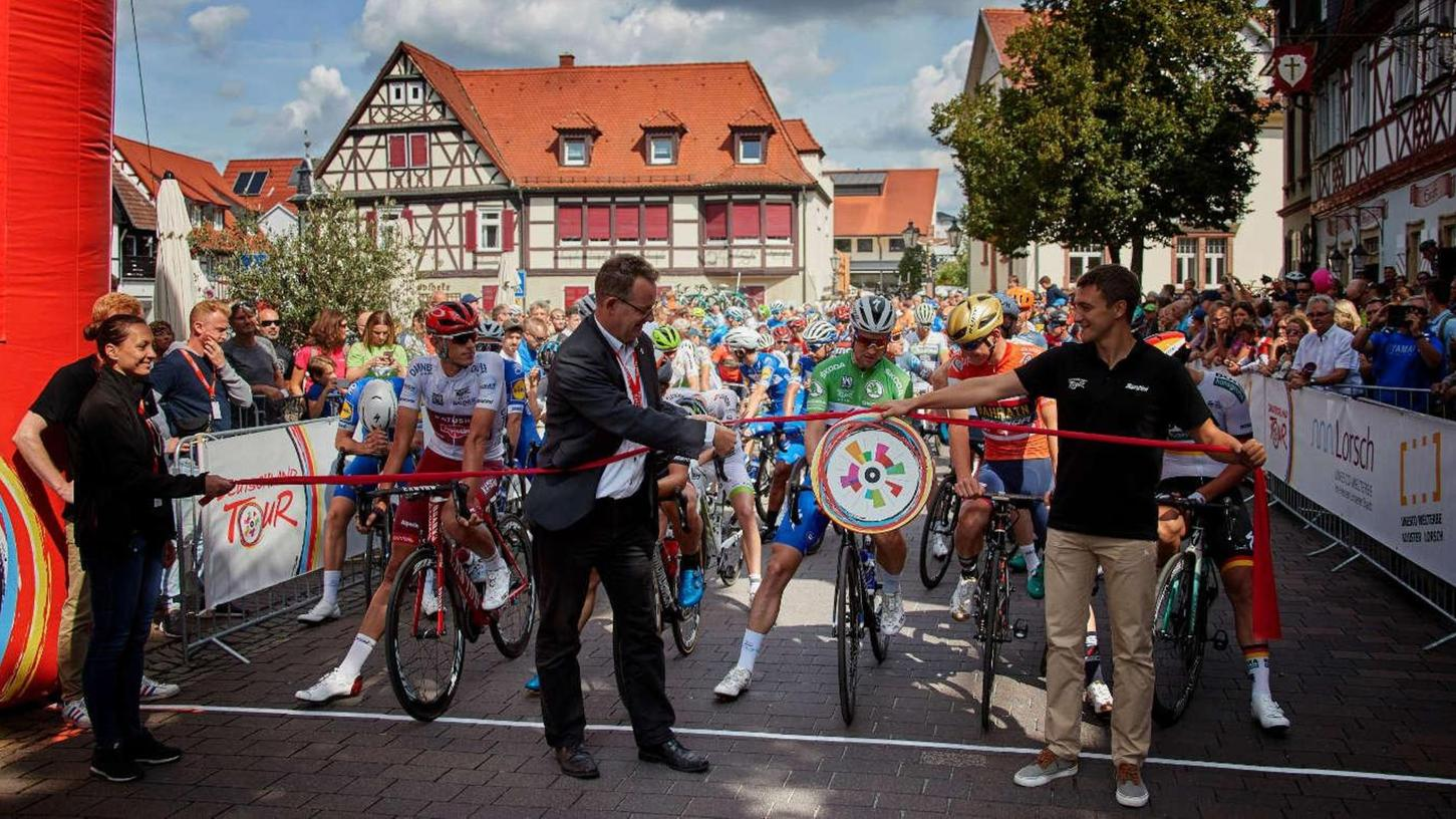 Die Deutschland Tour lockt vor allem in den Ziel- und Startbereichen immer viele, viele Zuschauer an.