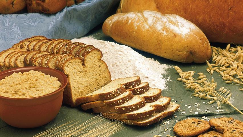 3,5 Kilogramm Getreide, Getreideprodukte, Brot, Kartoffeln, Nudeln und Reis (insgesamt).