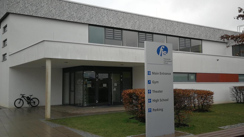 Die Turnhalle der Frankonian International School bleibt vorerst bis zum 15. März für außerschulische Nutzung gesperrt. Die Schulleitung will so die Verbreitung des Corona-Viruses verhindern.