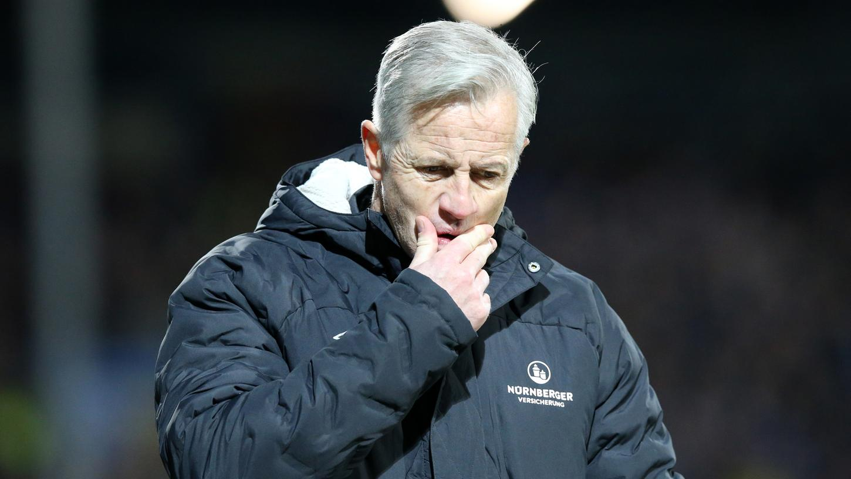 Hat personell die ein oder andere schwierige Entscheidung zu treffen: Club-Trainer Jens Keller.