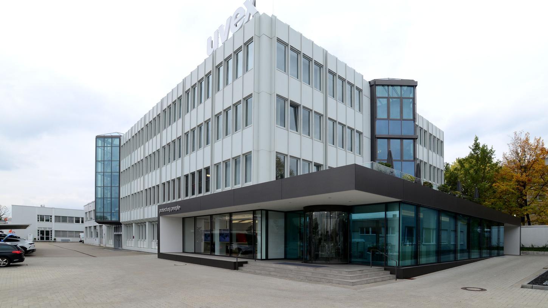 Das Fürther Unternehmen Uvex produziert und vertreibt Schutz- und Sicherheitsprodukte im Berufs-, Sport- und Freizeitbereich.