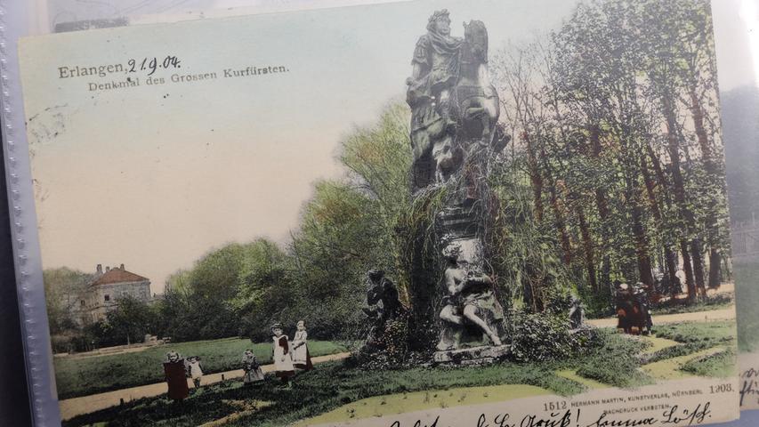 Eine historische Postkarte zeigt den Erlanger Schlossgarten.