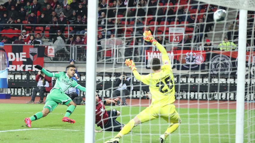 Hilflos gegen Hannover: Der FCN verliert mit 0:3 gegen 96