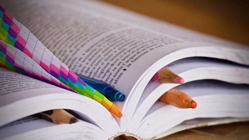 In der Schule gab es die Sprache nicht zur Auswahl, ein Kurs kostet zu viel und fürs Lernen hatten Sie keine Zeit - sollten Sie schon immer den Wunsch gehabt haben, eine neue Fremdsprache zu lernen, haben Sie jetzt vielleicht die Gelegenheit.