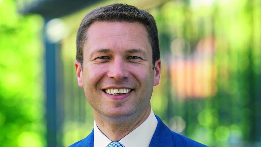 Klarer Sieg für den Amtsinhaber: Matthias Dießl (CSU) aus Seukendorf bleibt für weitere sechs Jahre Landrat im Kreis Fürth.