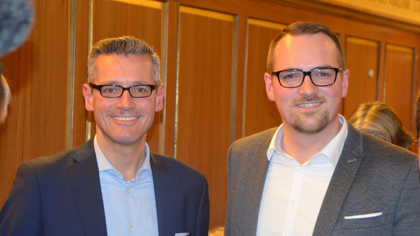 Einer von beiden wird es werden: Michael Fraas (li.) und Peter Reiß am Wahlabend.