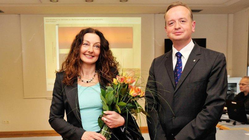 Carda Seidel (BAP/ödp) muss um ihr Amt als Oberbürgermeisterin von Ansbach bangen: In der ersten Runde landete sie hinter CSU-Widersacher Thomas Deffner.