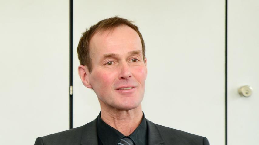Seit 2003 regiert Christoph Hammer (CSU) in Dinkelsbühl - und wird es nach dem Wunsch der Wähler auch sechs weitere Jahre tun. Hier finden Sie den kompletten Artikel.