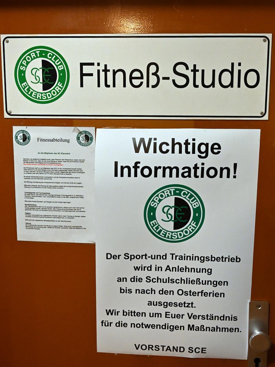 Soziale Kontakte aller Art sollen Spieler und Trainer vermeiden. Ein Besuch im Fitnessstudio ist daher untersagt - und auch die Jahreshauptversammlung ist auf unbestimmte Zeit verschoben.