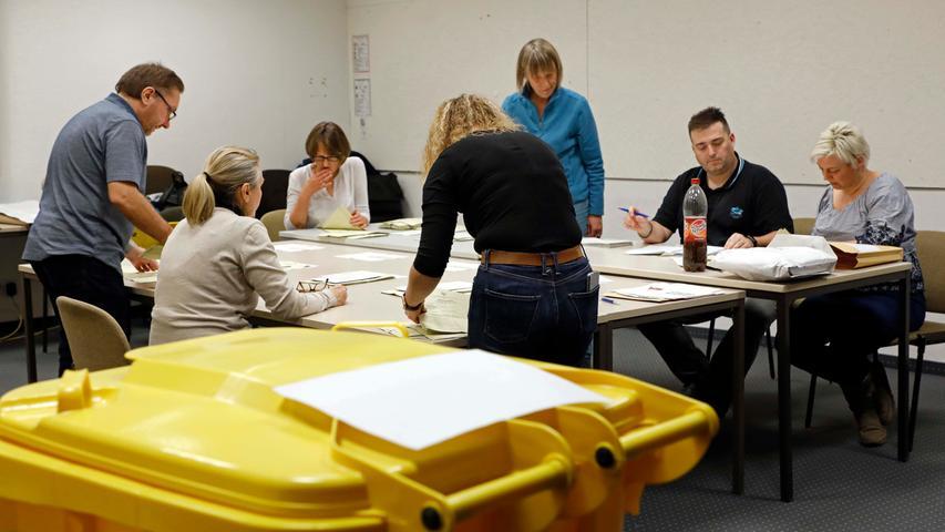 OB-Wahl in Erlangen: Impressionen aus dem Rathaus