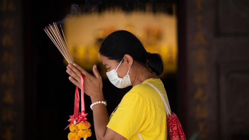 13. Januar: Der erste Krankheitsfall außerhalb Chinas wird bekannt - in Thailand.