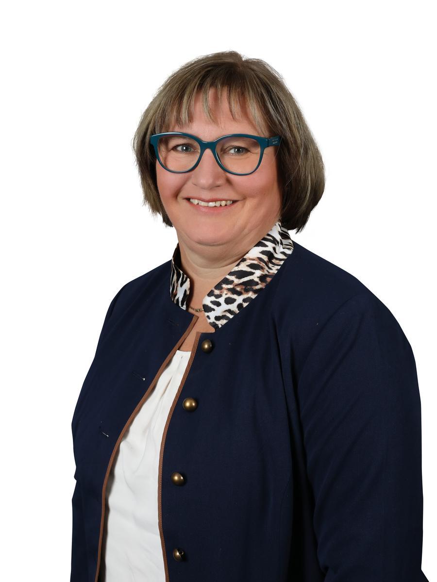 Rita Heinemann (CSU) Beruf: Altenpflegerin Erhaltene Stimme: 56.115.