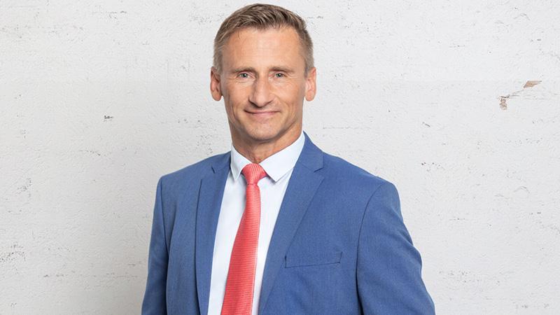 Dieter Goldmann (SPD) Beruf: Journalist und Politologe  Erhaltene Stimmen: 43.757.