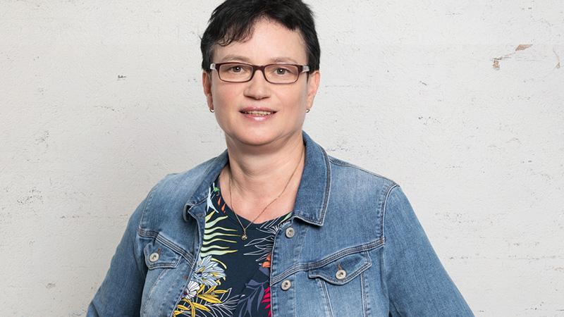 Elke Härtel (SPD) Beruf: Gesundheits- und Krankenpflegerin  Erhaltene Stimmen: 45.998.