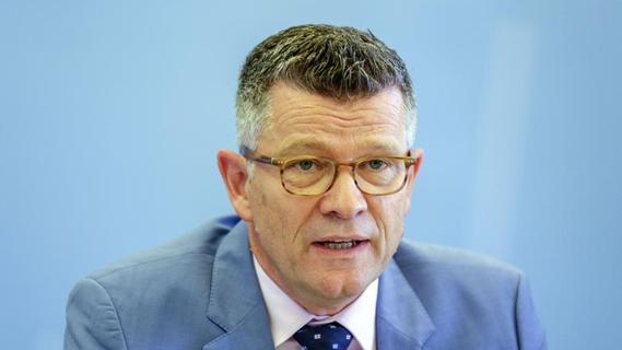 Nach Tankstellen-Mord: Erlanger Professor Dabrock empört über CDU-Wahlspot