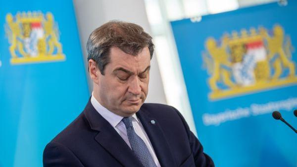 Bayerns Ministerpräsident Markus Söder (CSU) hat erneut vor einer voreiligen Debatte über eine Exit-Strategie aus den derzeitigen Beschränkungen wegen der Corona-Krise gewarnt.
