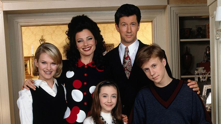 Nach einem Missverständnis mit Butler Niles (Daniel Davis) findet sich die ehemalige Brautladen-Mitarbeiterin Fran Fine (Fran Drescher) als Nanny bei dem reichen, prüden Witwer und Broadway-Produzent Maxwell Sheffield (Charles Shaughnessy) wieder. Fortan kümmert sie sich um die drei Kinder Margaret
