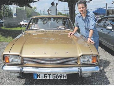 Ob unter der Haube oder eben der Lack: Die Capri-Fans hatten ihre Autos blitzsauber herausgeputzt. Das war auch gut so, denn bei der Fahrzeugbewertung warteten zahlreiche Pokale.