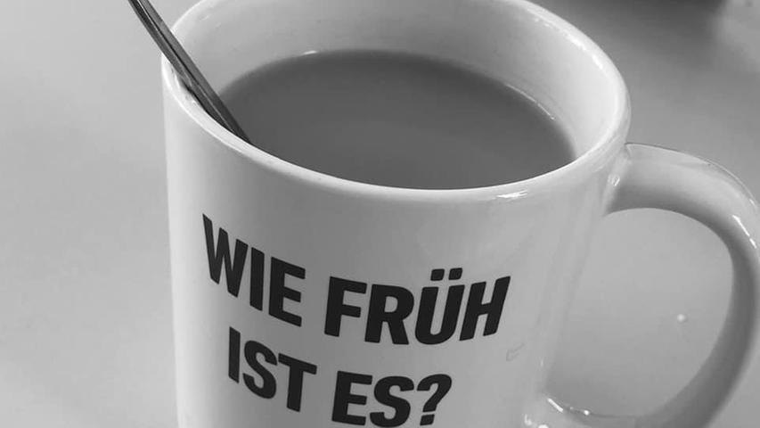 Kaffee im Homeoffice: Das sind die lustigen Tassen unserer User