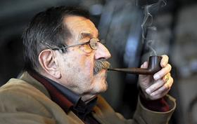 """Günter Grass legt sein """"wahrscheinlich letztes"""" Buch vor."""