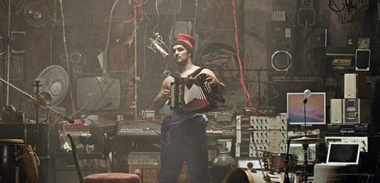 La Troba Kung Fú spielt am Samstag, 30. Juli, ab 16.30 Uhr auf dem Hauptmarkt.
