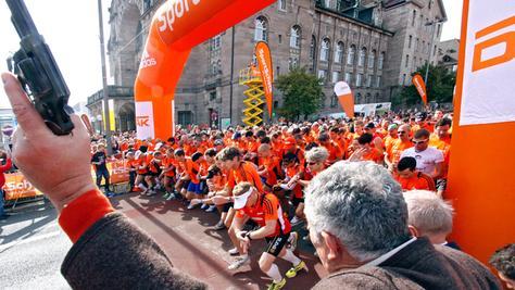 Wenn am Montag wieder Hunderte durch Nürnbergs Innenstadt sprinten, dann heißt das für Autofahrer: Mehr Zeit einplanen.