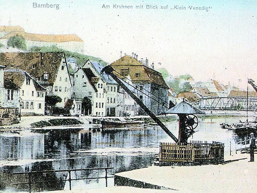 Lastenkräne aus Spaethscher Produktion am Kanalhafen Bamberg – hier auf einer Postkarte um 1900 – sind heute noch sichtbare Überbleibsel der großen Nürnberger Firma. <autor>Abbildung: aus dem Buch</autor>