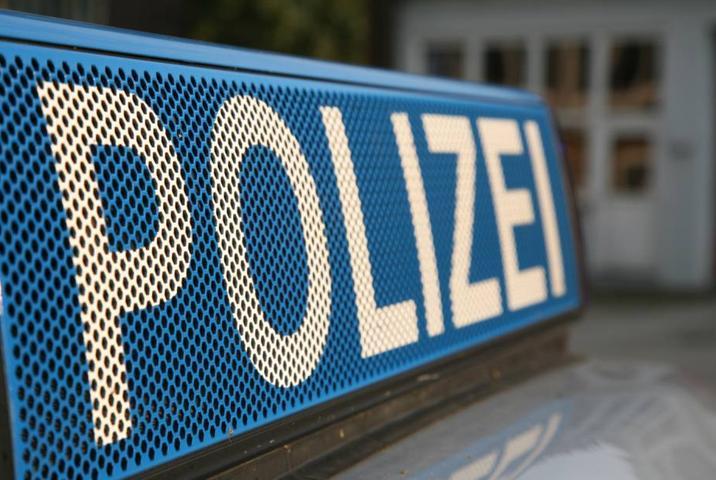 """Die Polizei hat zwei Möchtegern-""""Rennfahrern"""" die Führerscheine abgenommen."""
