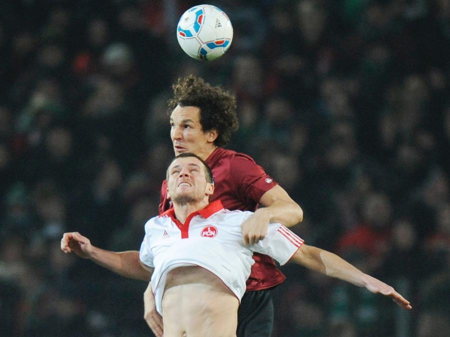 Ende Januar kämpfte Pogatetz noch gegen den FCN. Nun soll er Wunschkandidat für die Abwehr beim Club sein.