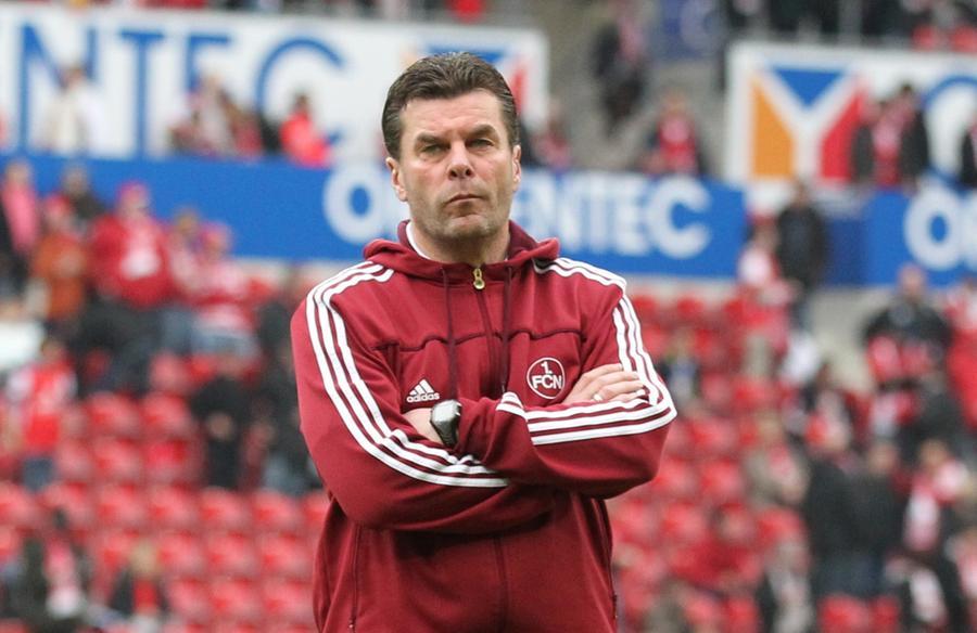 Konzentriert zum Klassenerhalt: Club-Trainer Dieter Hecking.