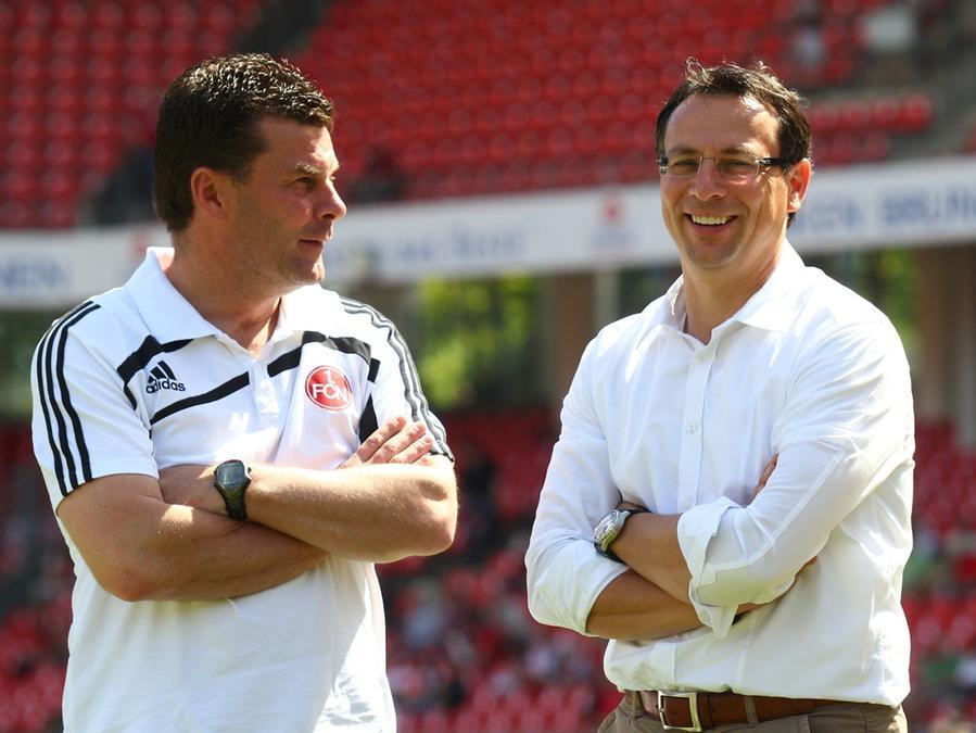 Dieter Hecking und Martin Bader gut gelaunt nach dem Spiel in Sinsheim