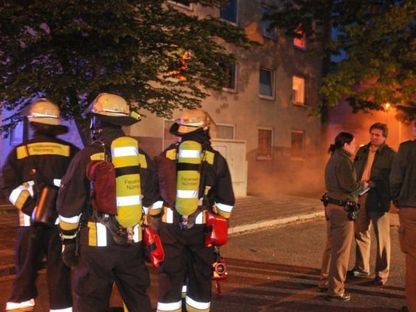 Zwei Löschzüge und ein weiterer Trupp der Nürnberger Feuerwehr waren im Einsatz. Nach eineinhalb Stunden war die Gefahr gebannt.
