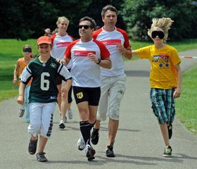 Laufen mit Kindern: Im Juli und September geht Jeffrey für den guten Zweck an den Start.