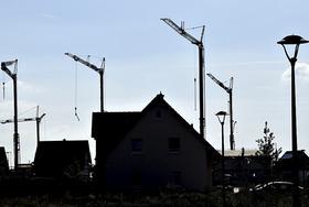 Oberbürgermeister Franz Stumpf will, dass in Buckenhofen gebaut wird. Deswegen soll neues Bauland ausgewiesen werden.