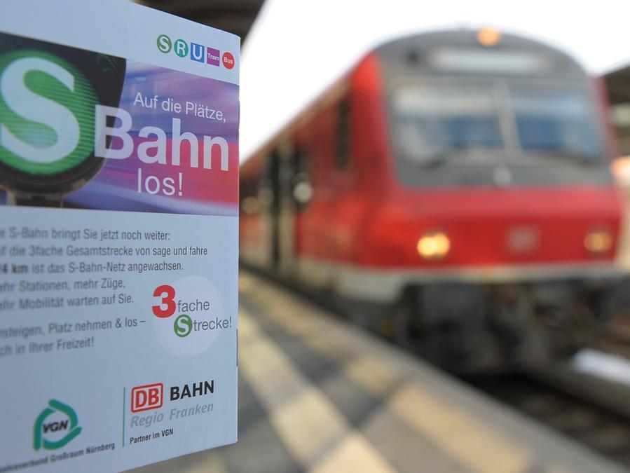 Aktuell fahren die Regionalbahnen aus Nürnberg nur bis Neuhaus/Pegnitz. Warum werden sie, künftig vielleicht sogar als S-Bahn, nicht bis Pegnitz weitergeführt?