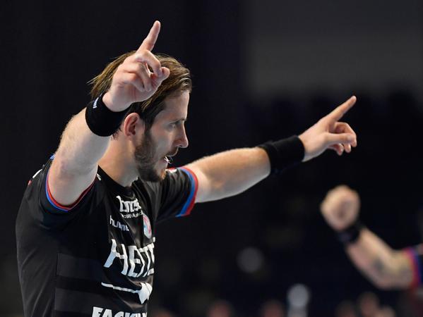 Handball --- 1. Bundesliga DKB HBL --- Saison 2016 2017 ---  06. Spieltag: HC Erlangen HCE - VfL Gummersbach --- Foto: Sport-/Pressefoto Wolfgang Zink / WoZi ---